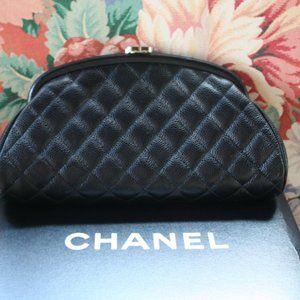 LNIB Chanel Timeless Clutch Black Caviar Leather